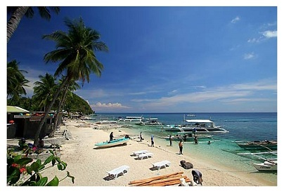 Dive Boats on Beach at Dumaguete